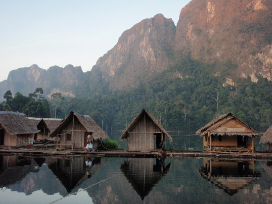 Khao Sok National Park : rafting floathouses