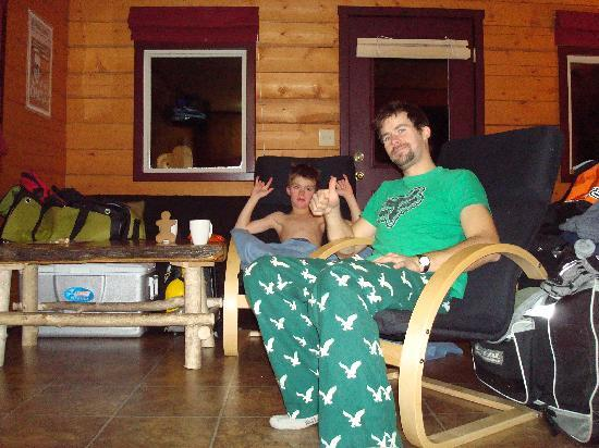 Canadian Country Cabins: Relaxing