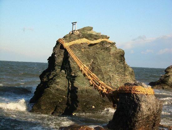 Le sanctuaire d'Ise : 夫婦岩
