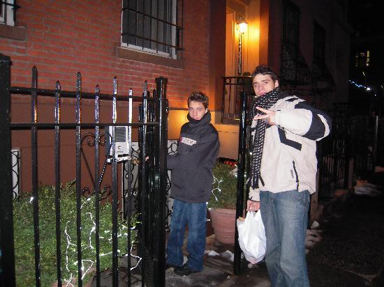 East Village Apartments : entrée