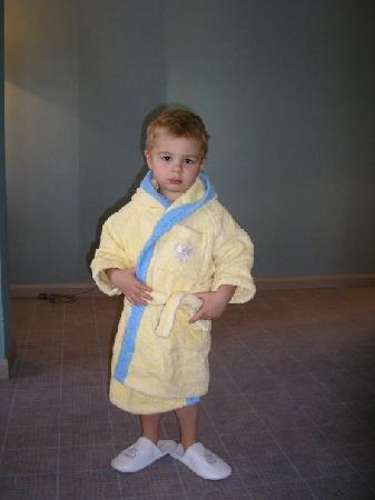 Carlton Hotel St. Moritz : EVEN BATHROBE FOR OUR KID WAS PROVIDED AT HIS SIZE !
