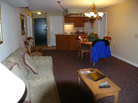 Cranberry Resort: Dining / kitchen / lounge