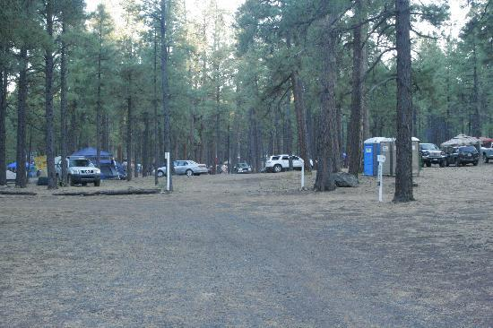 Fort Tuthill County Campground : Entry Road