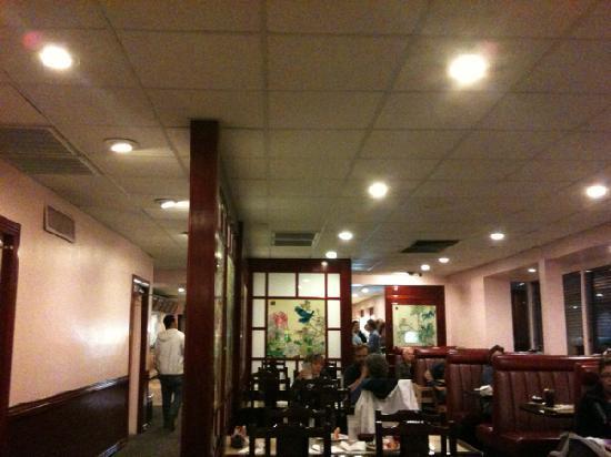 Mandarin Buffet: main dining area