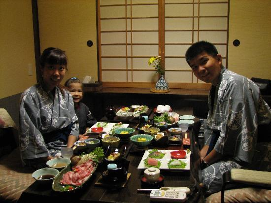 Akanean: Oeishi - Yummy & excellent spread of food