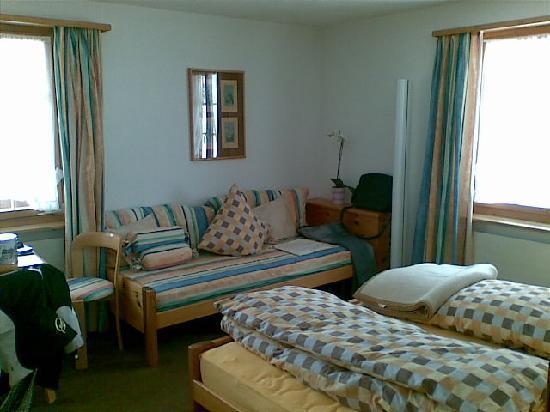 Hotel Gravas: Chambre (II)