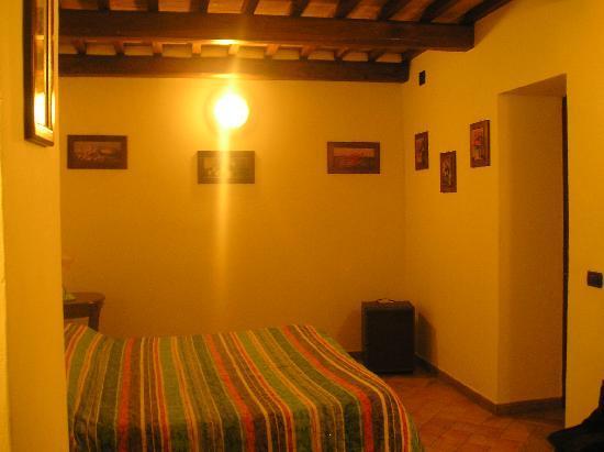 Borgo Montauto: camera matrimoniale