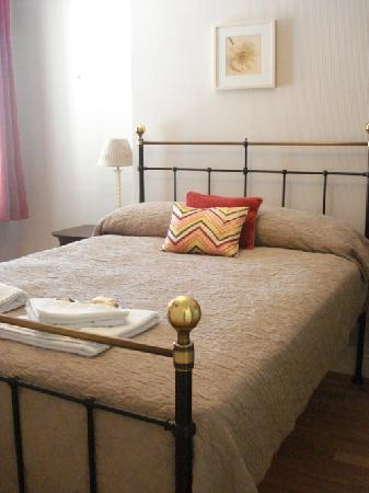 Lina Guest House: Double Room