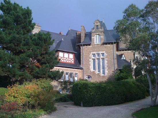 Chateau Richeux: Entrée