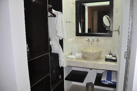 Hotel Casa Ticul : Bath room