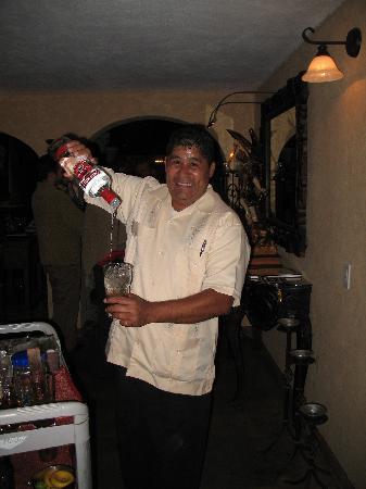 Meson Del Angel: Alberto making more mojitos