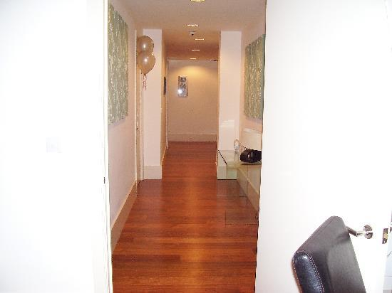 L3 Living - The Merchant Quarters, Liverpool: Corridor