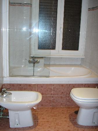 Happy Sleeping : bagno - bathroom