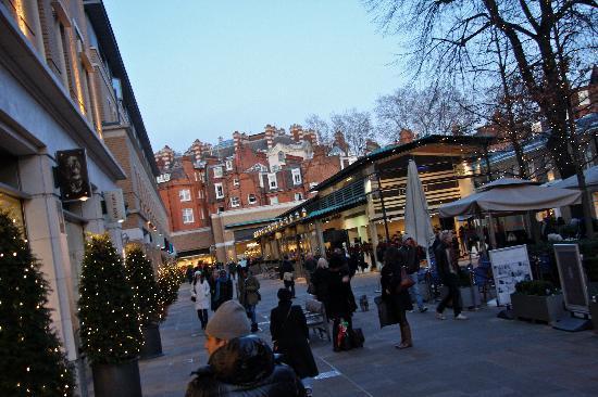 Sloane Square: Duke of York Square