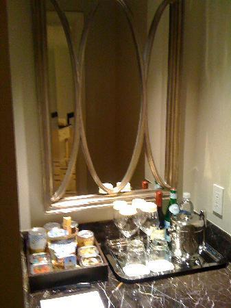 Mandarin Oriental, Atlanta: Premier Room: Bar