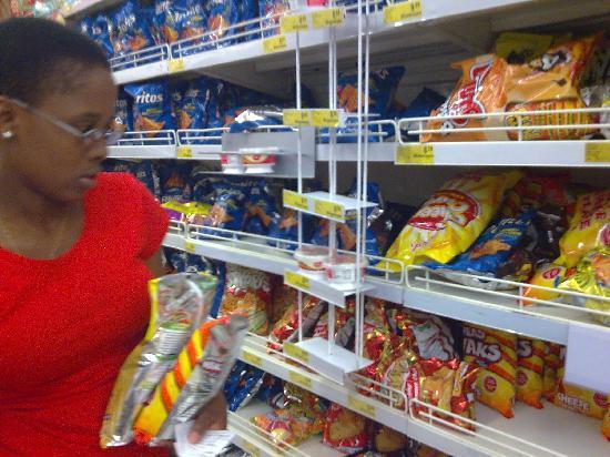 Tshwane Market: Tshwane Supermercado botanas y snacks
