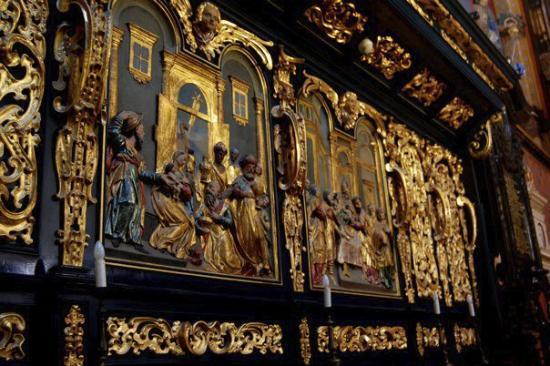 Church of the Virgin Mary (Kosciol Mariacki): Inside St. Mary's Basilica (Kosciol Mariacki)