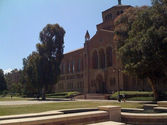 ‪University of California, Los Angeles (UCLA)‬