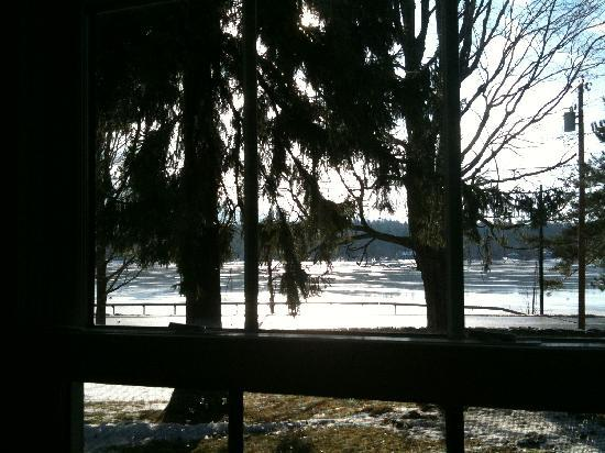 Mariaville Lake Bed & Breakfast: view of the lake from the living room window