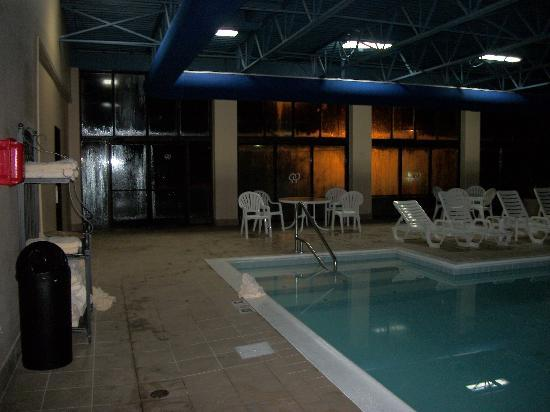 DoubleTree by Hilton Hotel Virginia Beach: Indoor Pool