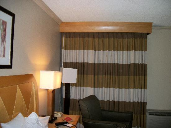 DoubleTree by Hilton Hotel Virginia Beach: Our Doubletree Hotel Room