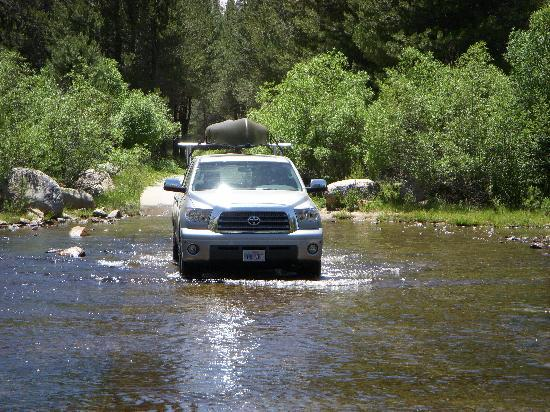 Jackass Meadow Campground: Fording the stream