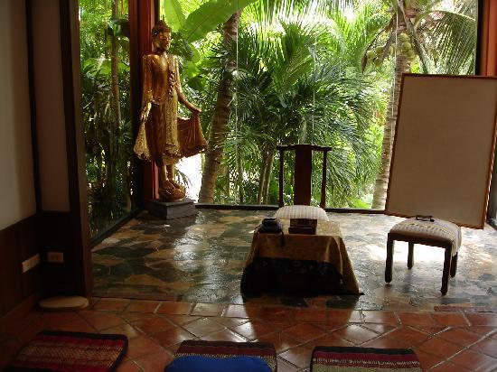 Karuna Meditation Center: Meditation Hall