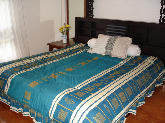 Karuna Meditation Center: My Room