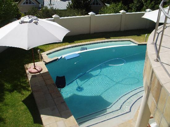 Somerset West, Sudáfrica: pool from room