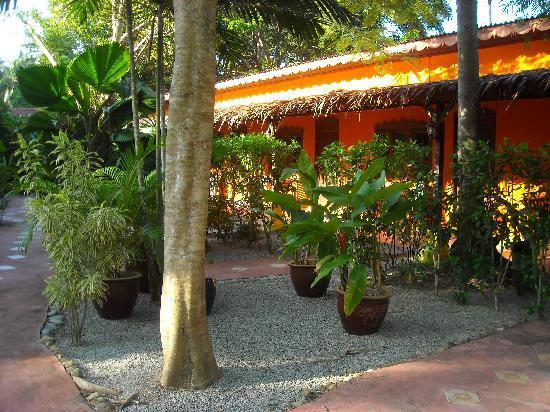 Pondok Keladi Guest House: the chalets