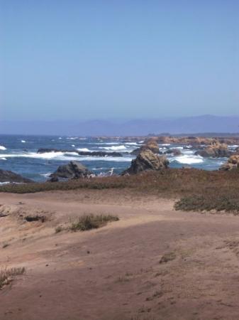شاطئ جلاس: Glass Beach