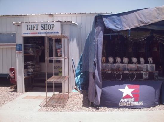 Umm Qasr, Iraq: Wal-Mart