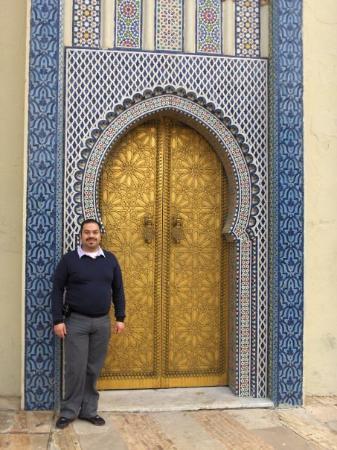 Royal Palace of Fez (Dar el Makhzen): En Fez. Puerta del palacio