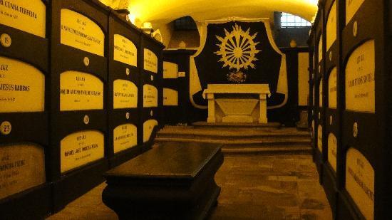 Sao Francisco Church (Igreja de S Francisco): crypt