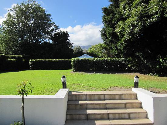Constantia White Lodge: Mountain view