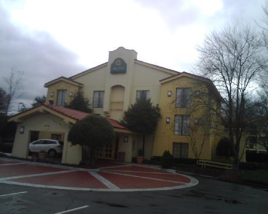 Baymont Inn & Suites Marietta/Atlanta North: The entrance