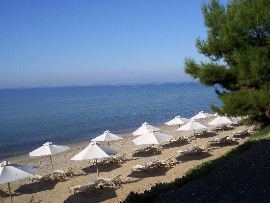 Ikos Oceania: The Hotel's private beach