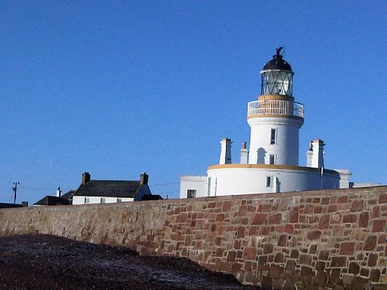 Fortrose lighthouse - Picture of Rosemarkie, Ross and Cromarty ...