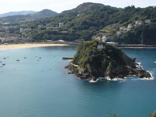 La Concha Beach : ...