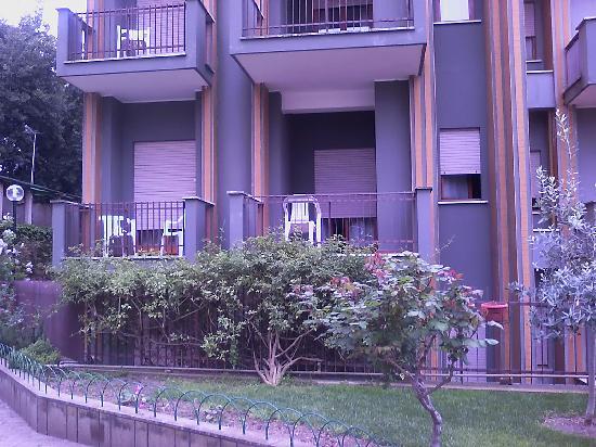 Hotel Casa Tra Noi: vista lateral de Casa Tra Noi