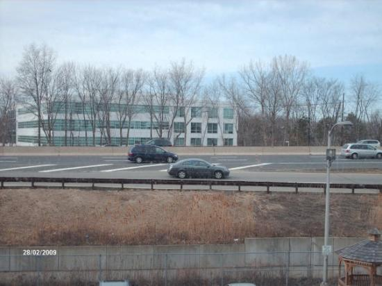Ramada Rochelle Park Near Paramus: The view from the hotel window