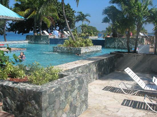 Sapphire Beach Resort: another view of the pool