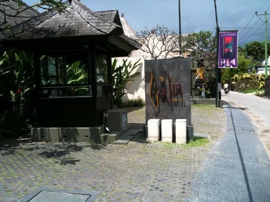 The Ulin Villas & Spa: the ulin entrance