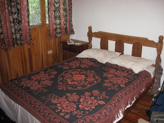 Cabinas Coco Azul: The bed...