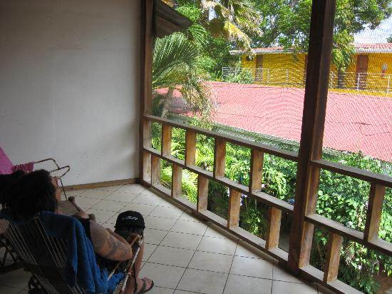 Cabinas Coco Azul: My view of the balcony