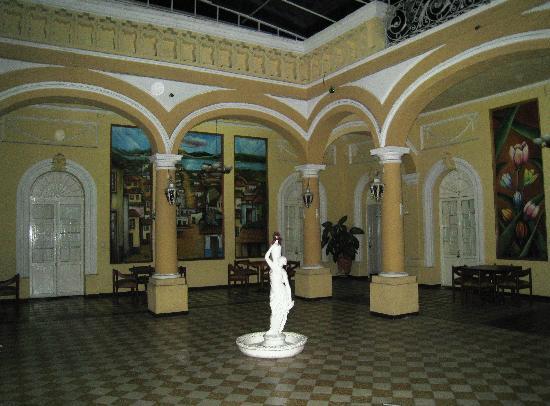 Posada Regis: Nice lobby!
