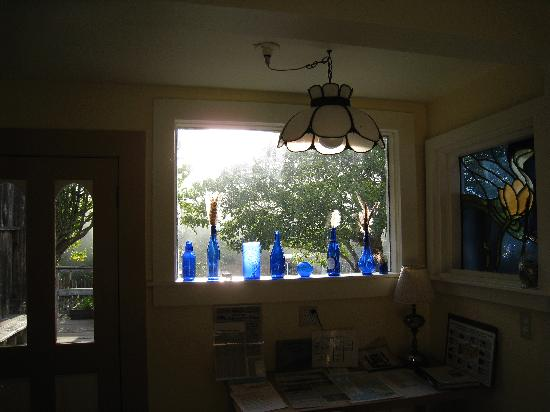 Jughandle Creek Farm and Nature Center: morning light in kitchen