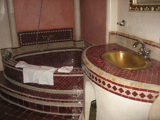 riad et Spa Esprit du Maroc: il bagno