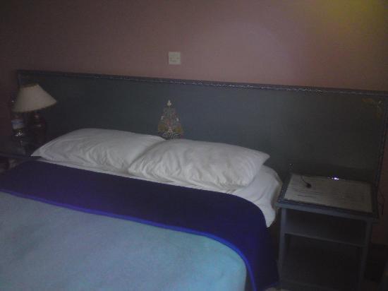 Bahja de Mogador: Clean bed