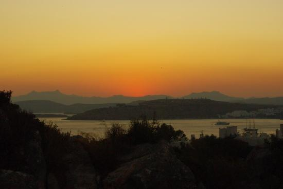 Aegean Gate Hotel: Sunset from the balcony